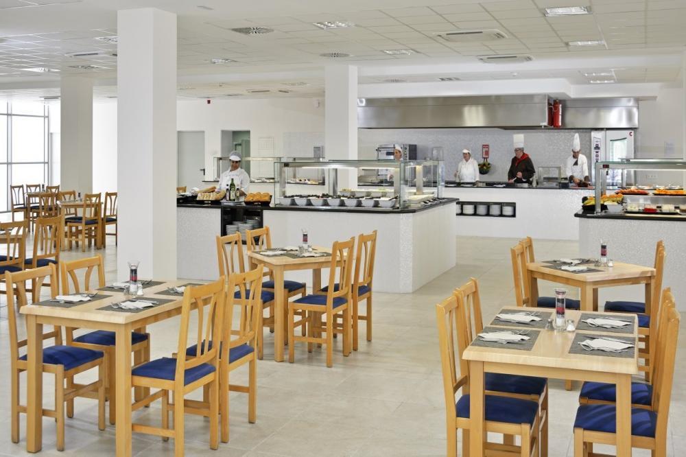sol alcudia center instalaciones restaurantes